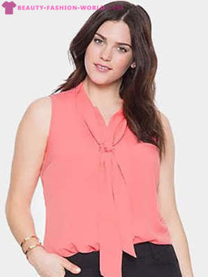 Fashionable blouses for obese women 2018-2019
