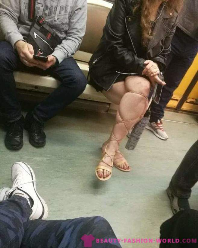 20 subway passengers who are too fancy for our planet