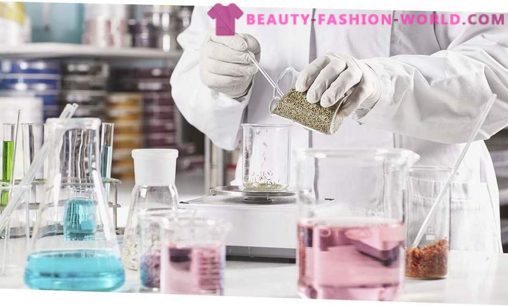 Why so expensive: the difference between cosmetics mass market and luxury