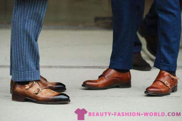 3 pairs of men's shoes, which will replace the conventional shoes