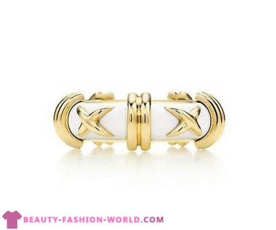 Collection of gold rings on the brand Tiffany & Co