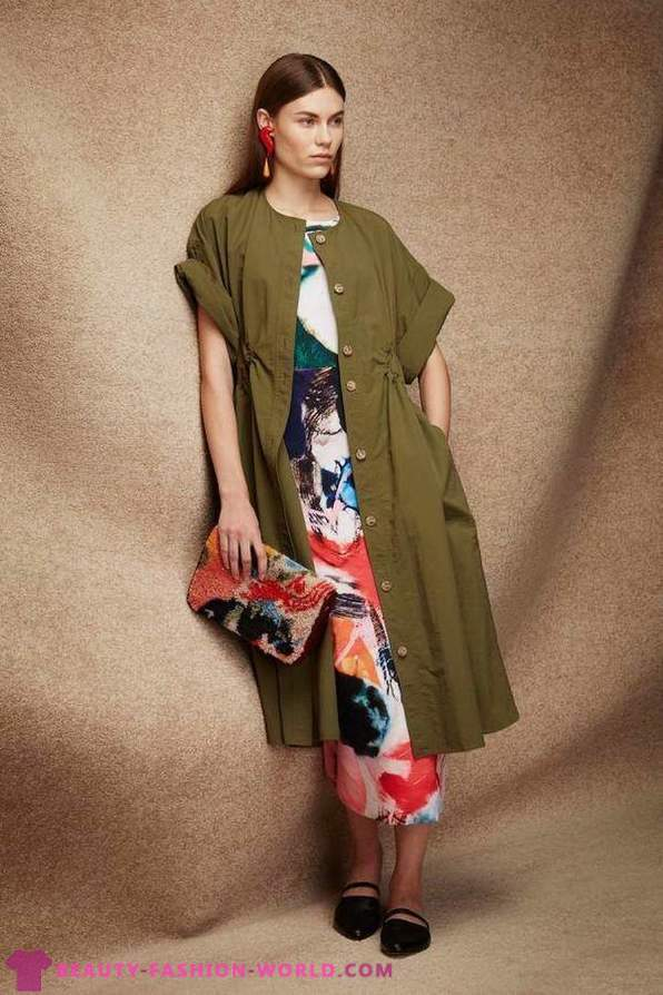 Collection of women's clothing from natural fabrics from Rachel Comey