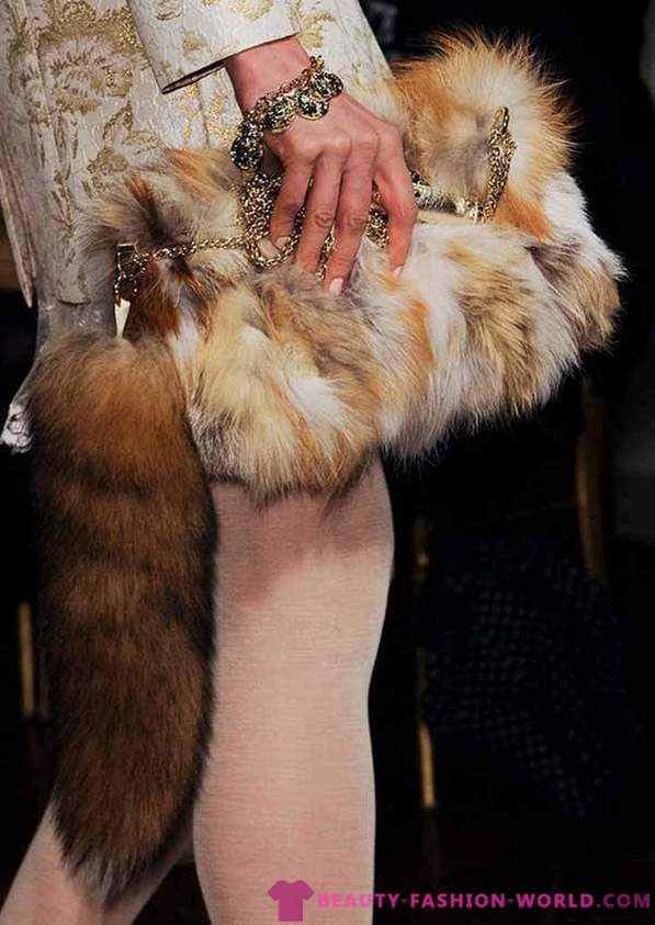 Fashionable fur bags autumn-winter 2014-2015