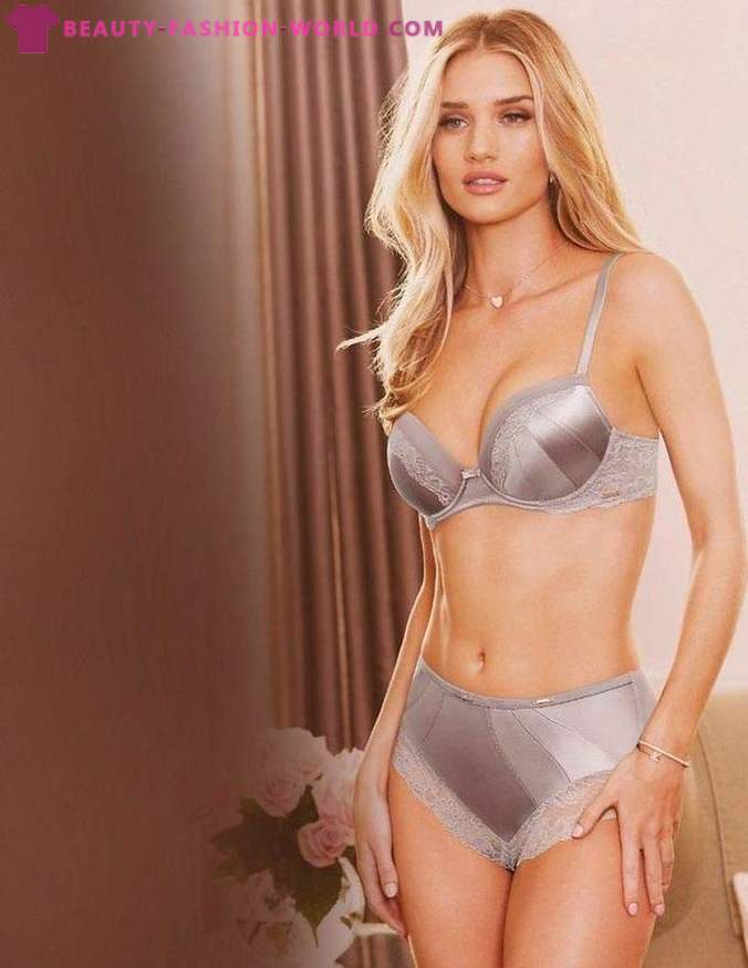 Rosie Huntington-Whiteley in underwear from Marks and Spencer 2014-2015