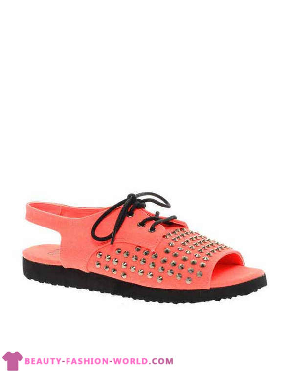 Fashionable women's shoes Summer 2013