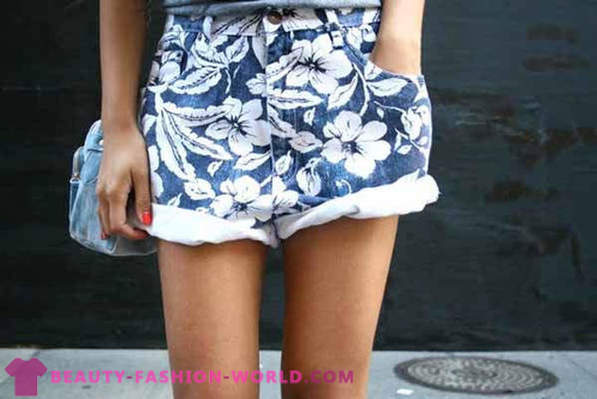 Must Have 2013: Women's denim shorts