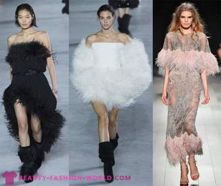 Fashionable clothing with ostrich feathers