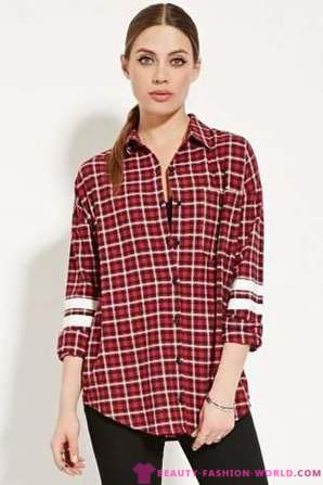 Red checkered shirt: what to wear?